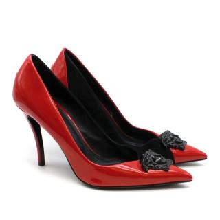 Versace Two Tone Medusa Head Leather Pointed Pumps