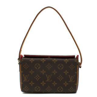 Louis Vuitton Monogram Pochette Shoulder Bag