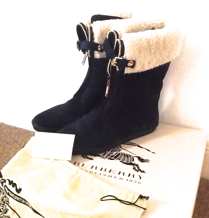 Burberry Stanmore Navy boots