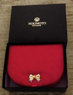 Mikimoto vng Jewellery Box with Mikimoto Pearl .