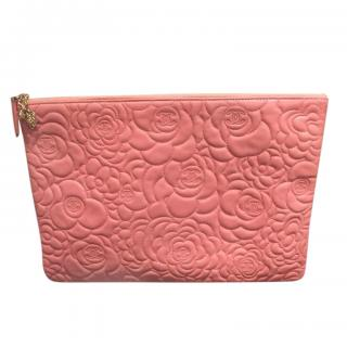 Chanel rose pink Camelia embossed leather clutch/pouch