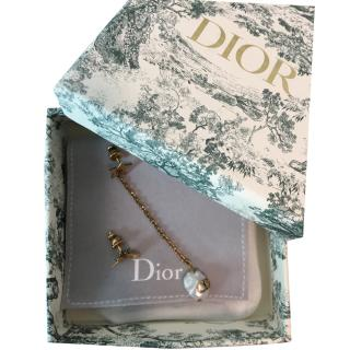 Dior Asymmetric Antique Gold Bee & Freshwater Pearl earrings
