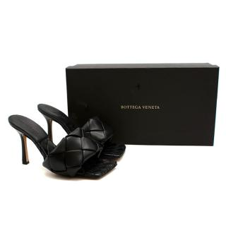 Bottega Veneta Black Intrecciato Lido Sandals