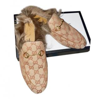 Gucci Brick Supreme Fur Trim Princetown Slippers