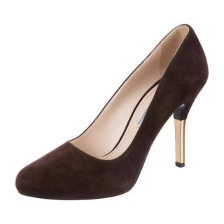 Prada brown & gold suede pumps