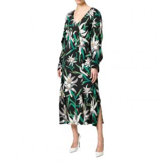 Diane von Furstenberg black floral printed V-neck dress