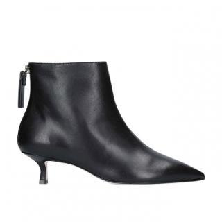 Stuart Weitzman Juniper 45 black leather pointed toe boots