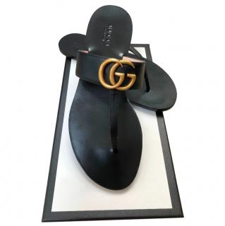 Gucci Black Leather GG Thong Sandals
