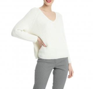 MaxMara mohair blend V-Neck white ribbed knit sweater