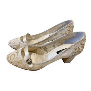 Dolce & Gabbana ecru lace block heels
