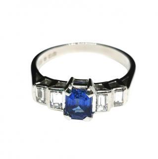 DB platnum sapphire & diamond ring