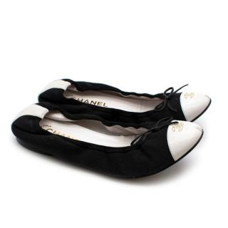 Chanel CC White and Black Leather Ballerinas