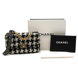 Chanel Metiers D'Art Collection 19 Bag in Black & White Tweed