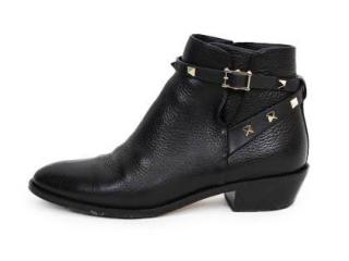 Valentino rockstud strap grainy calfskin black leather ankle boots