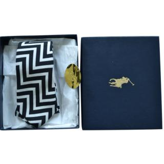 Ralph Lauren Collection Black & White Zig Zag Print Tie