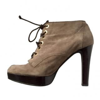 Stuart Weitzman taupe suede ankle boots