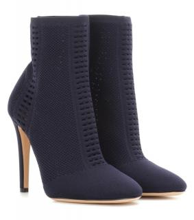 Gianvito Rossi Vires knitted ankle boots in size 35eu.  5us
