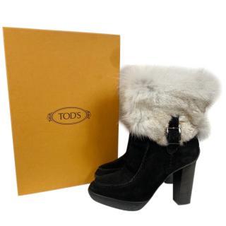 Tods Stiefelleten beige fur heeled boots