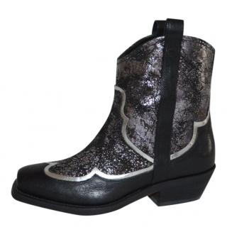 Rupert Sanderson Black/Silver Leather short cowboy boots
