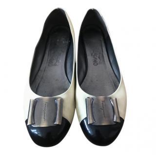 Ferragamo Patent Two-Tone Vara Bow Ballerinas