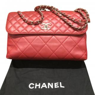 Chanel Red Lambskin Quilted Shoulder Bag
