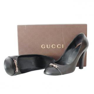 Gucci Black Leather Buckle Detail Pumps