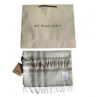 Burberry Limited Edition Giant Check Cashmere Shawl