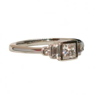 Cred White Gold 5 Diamond Ring