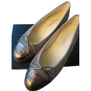 Chanel Gold/Taupe Cap-Toe Ballerina Flats