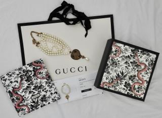 Gucci GG Heart Pendant Embellished Faux Pearl Necklace