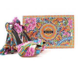Dolce & Gabbana Silk Printed Scarf Wrap Sandals