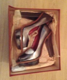Gharles Jourdan Peep Toe Shoes
