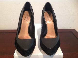 badgley mischka black suede leather size 38.5 heels about 12 cm heels