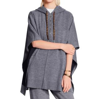 Louis Vuitton Grey Knit Cashmere Blend Travel Cape