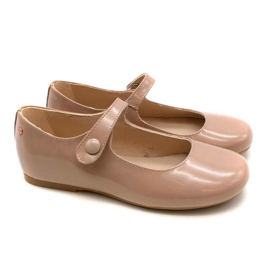 Manuela De Juan Nude Patent Leather Shoes