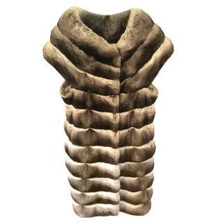 Manzari Grey Chinchilla Fur Sleeveless Coat