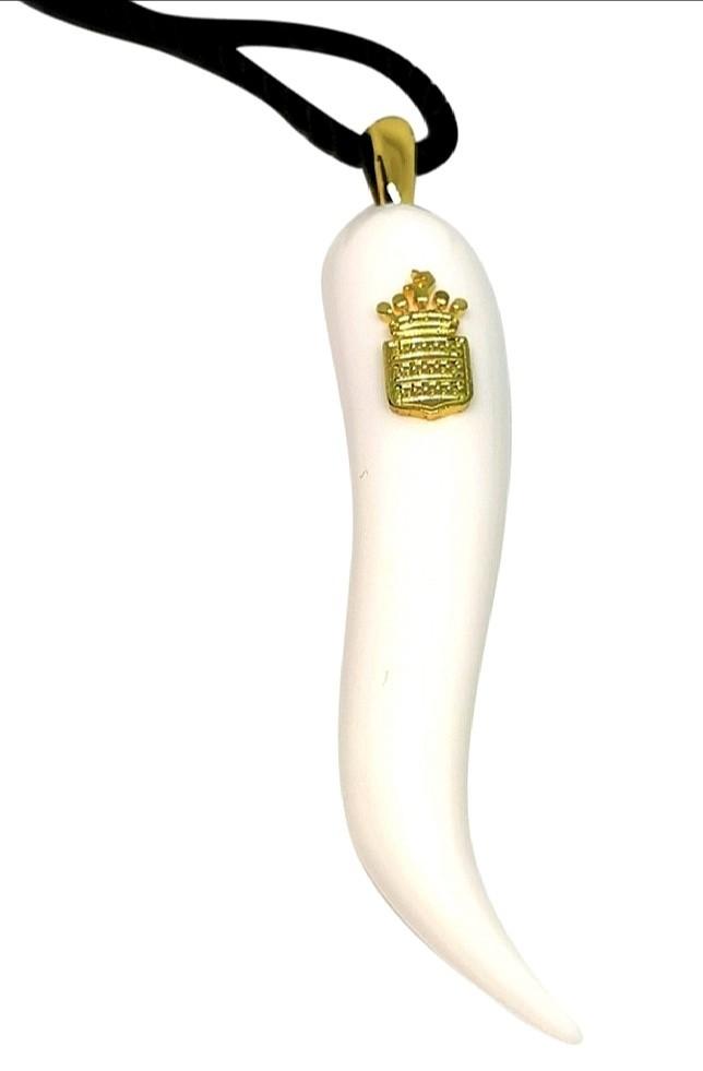 De Grisogono VIP white ceramic horn pendant