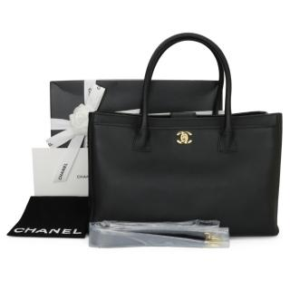 CHANEL Black Leather Executive Cerf Tote Bag