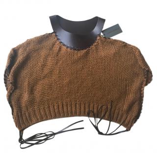 Alberta Ferretti off-shoulder brown knitted top