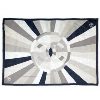 Chanel grey CC cashmere stole 195x140 cs