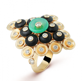 Van Cleef & Arpels Yellow Gold diamonds, onyx & chrysoprase Ring