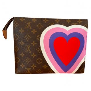 Louis Vuitton limited edition clutch Game On Cruise 2021