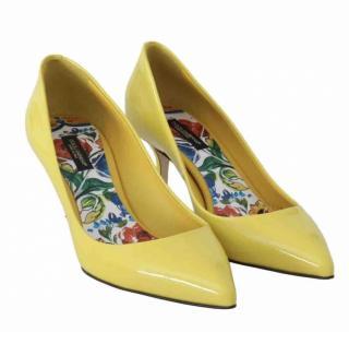 Dolce & Gabbana classic yellow patent heeled pumps