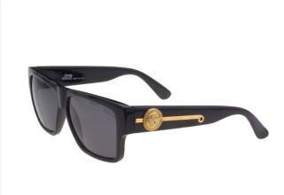 Gianni Versace Vintage Medusa Black sunglasses