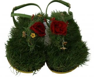 Dolce & Gabbana Faux Grass Floral Applique Thong Sandals