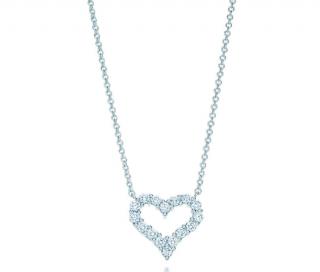Tiffany & Co. Tiffany Hearts Diamond Pendant Platinum Necklace
