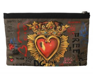 Dolce & Gabbana Graffiti Heart Print Toiletry Pouch