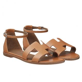 Hermes Naturel Calfskin Santorini Sandals