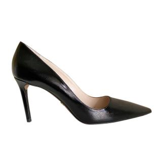 Prada black glossy saffiano leather pumps