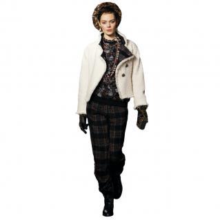 Chanel Paris/Edinburgh Ecru Tweed Jacket w/ contrast collar